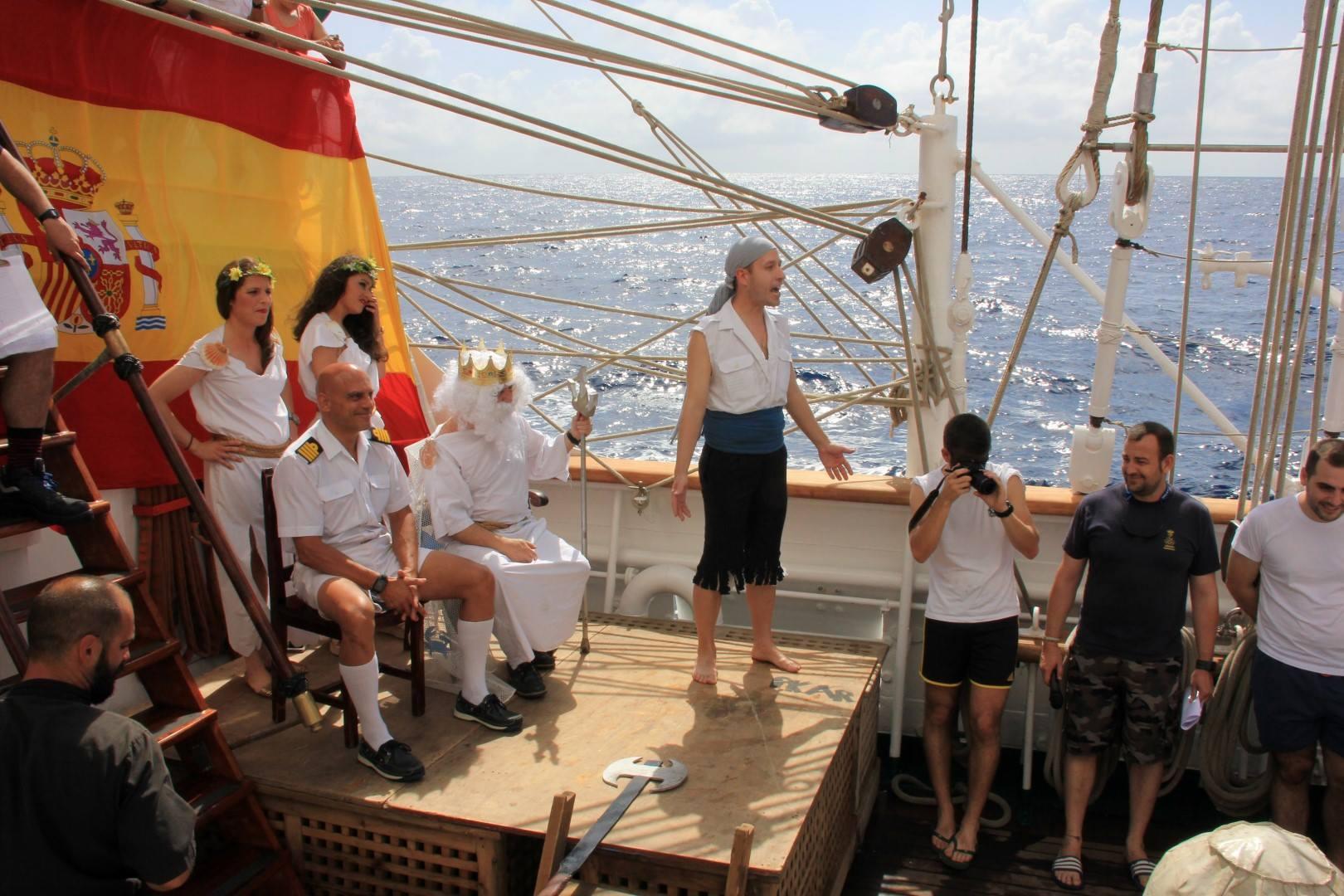 Cuando el dios Neptuno visitó el Juan Sebastián de Elcano