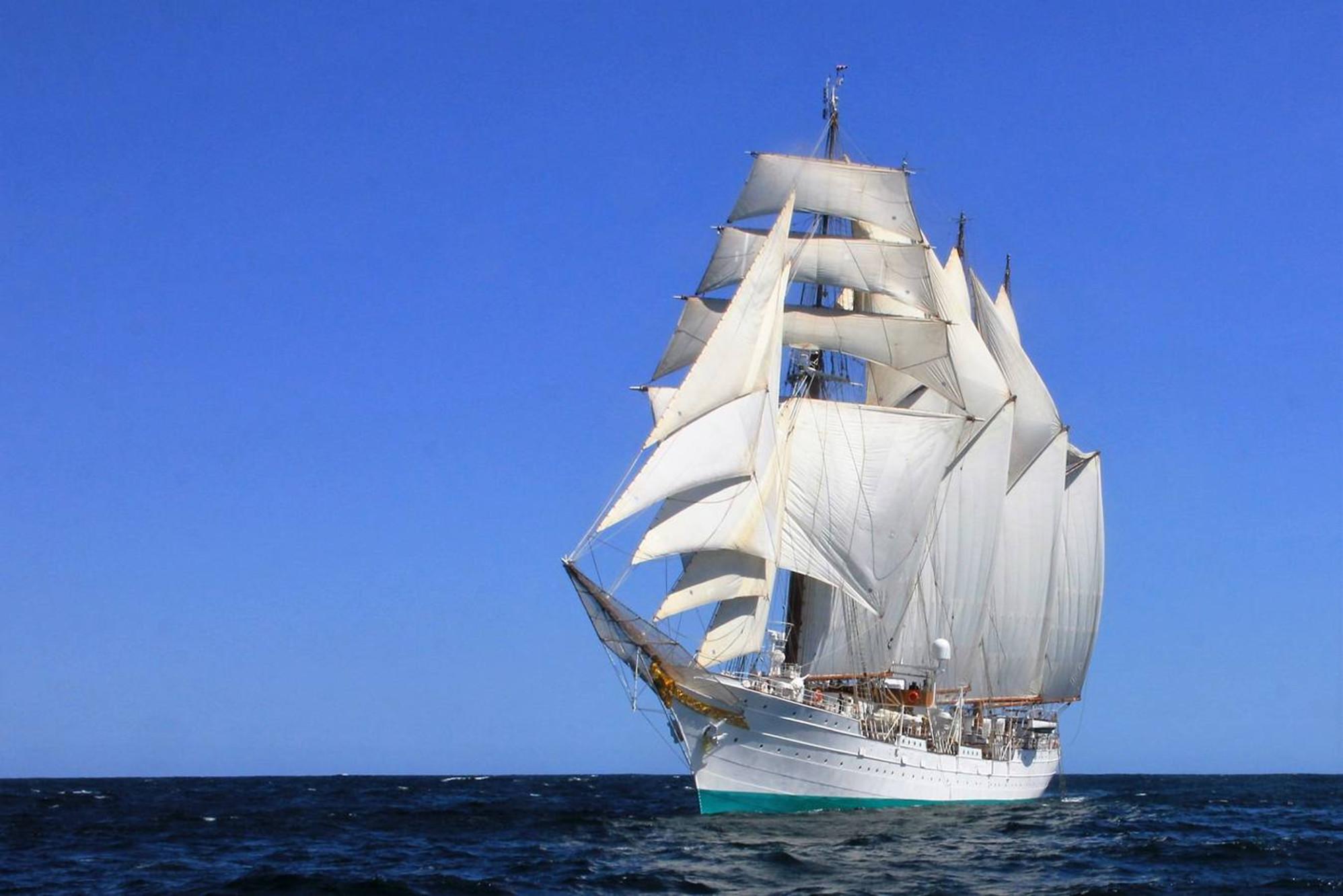 Cruzar el Atlántico en 28 días a bordo del Juan Sebastián de Elcano
