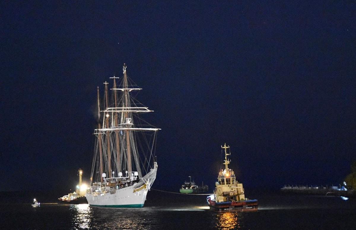 El Elcano en Buenos Aires. Foto: Armada Española