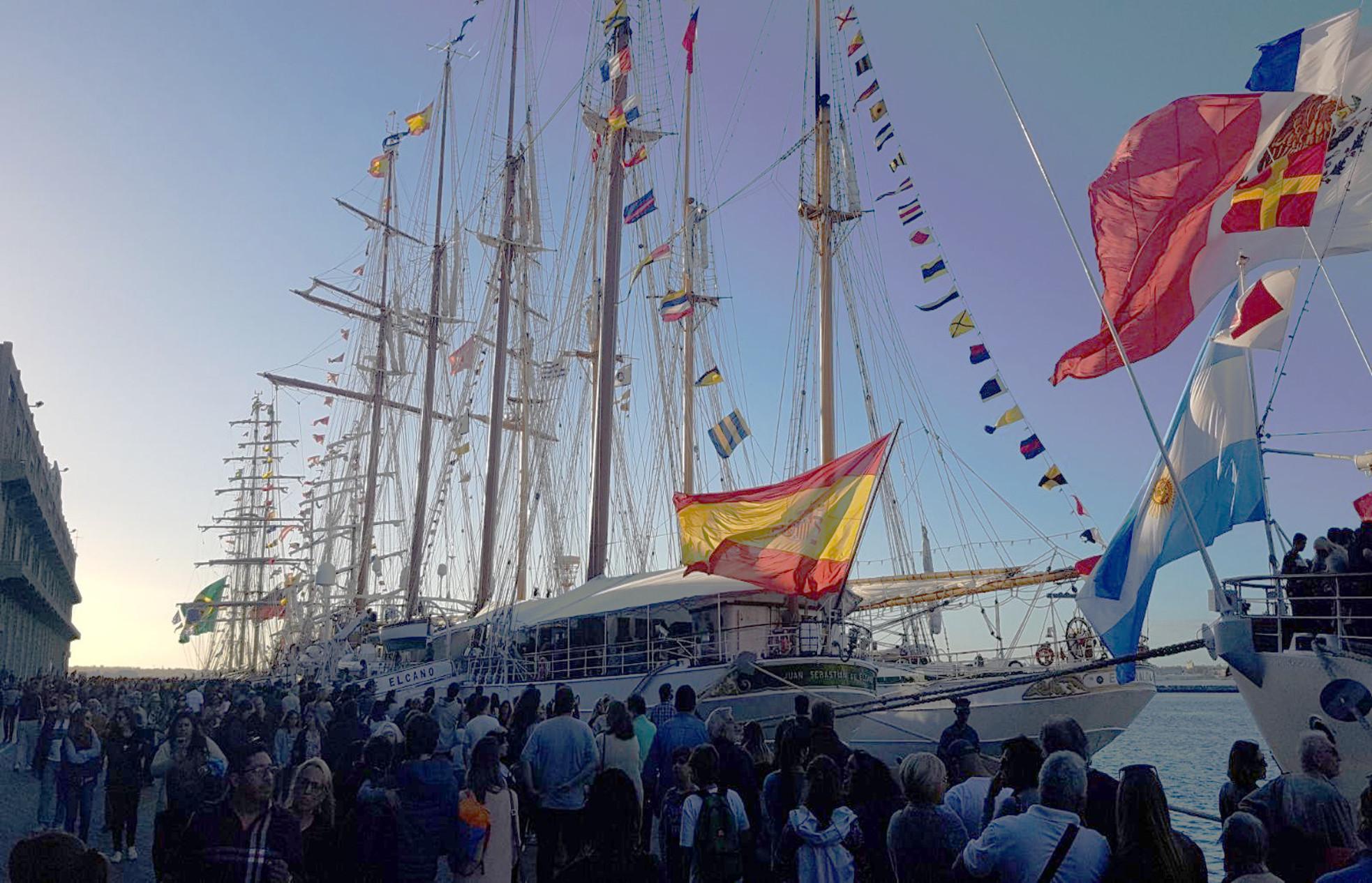 El Elcano ha sido visitado por 1.200 personas en Uruguay.