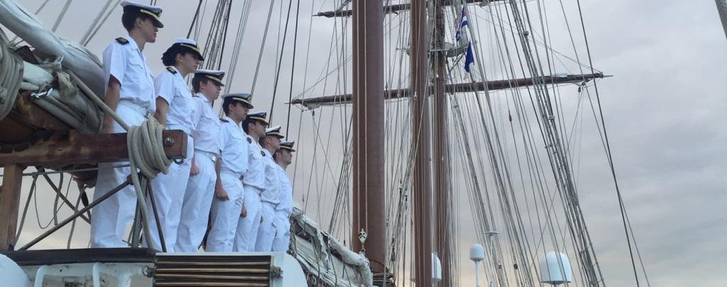 Un poema para la guardiamarina del Elcano