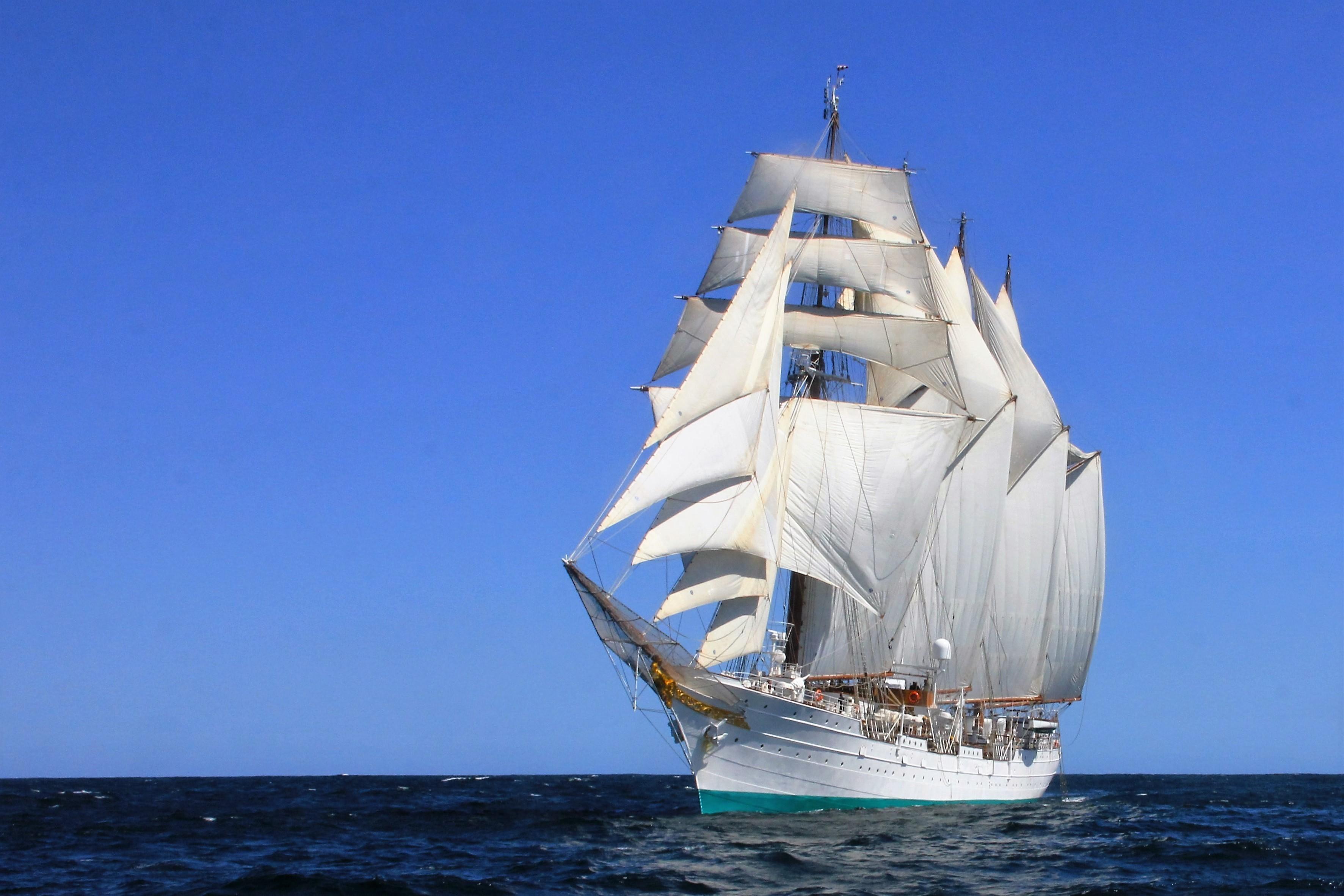 El nuevo crucero de instrucción del Juan Sebastián Elcano.
