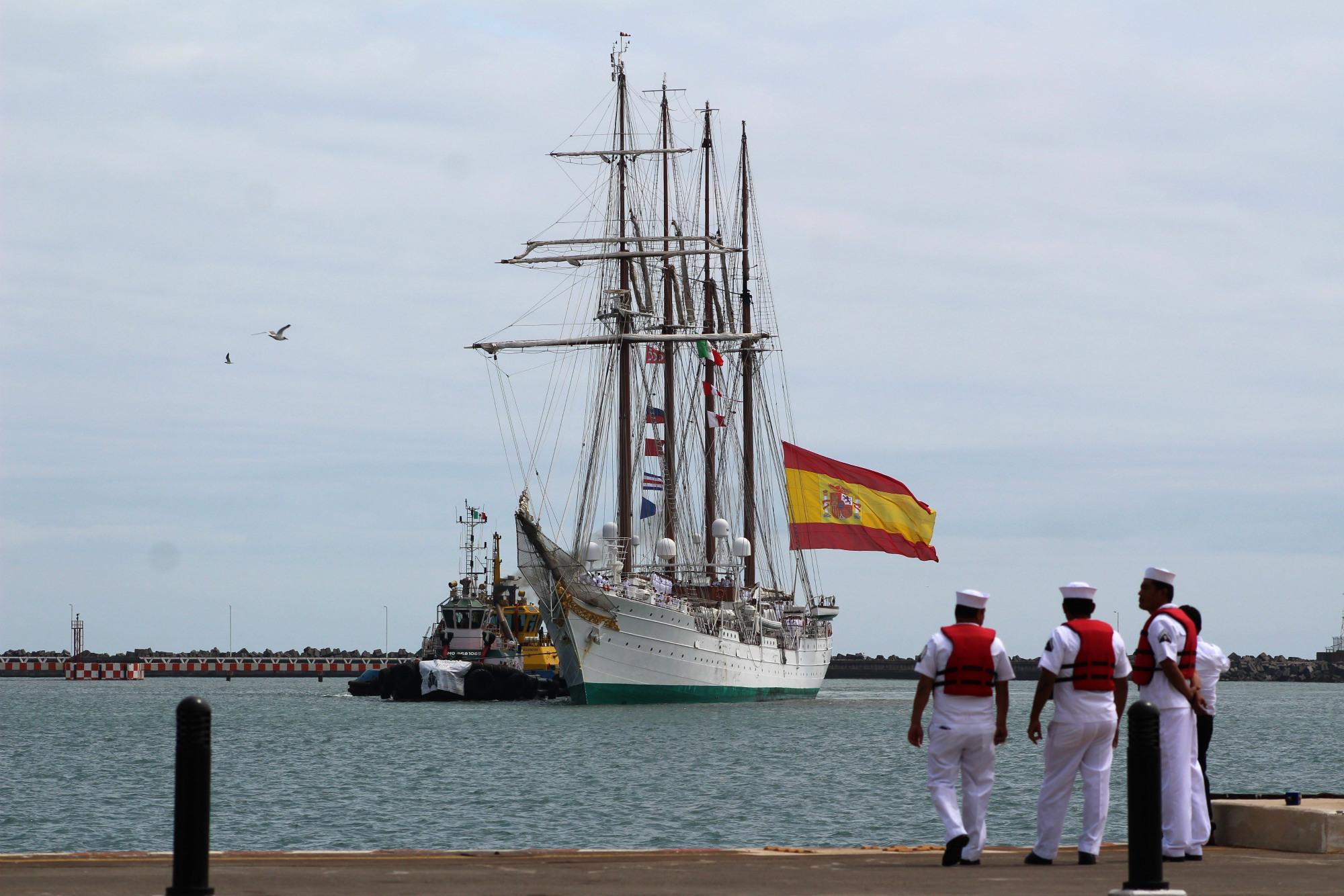 El Juan Sebastián de Elcano llega a Veracruz un día más tarde de lo previsto