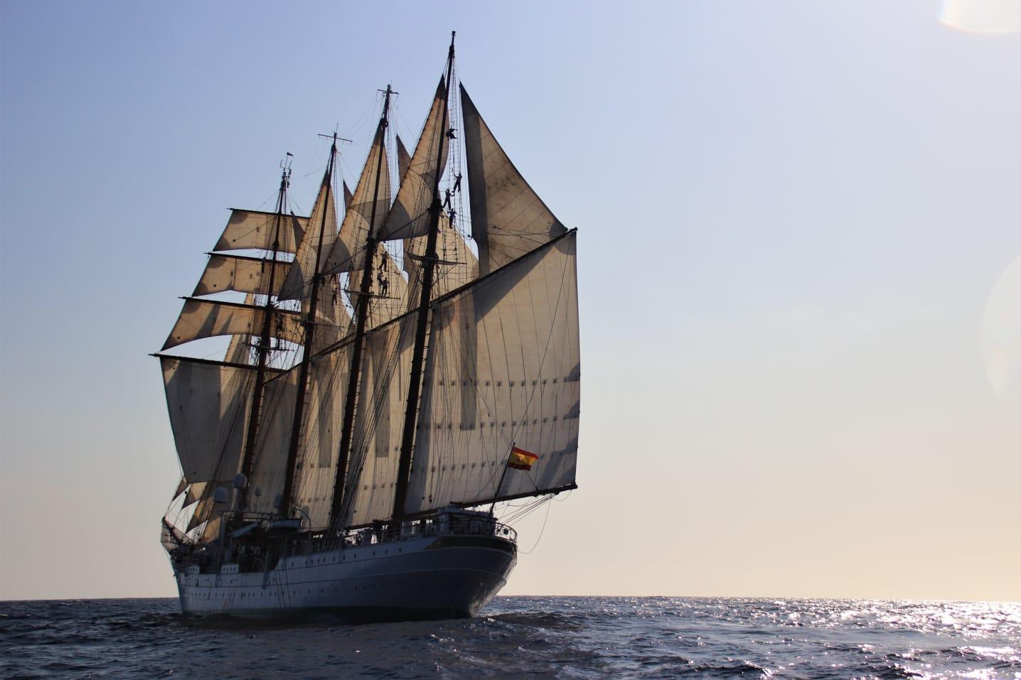 El Juan Sebastián de Elcano con todo el aparejo dado durante su 91 crucero de instrucción. Foto: Armada Española