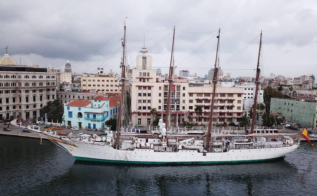 El Juan Sebastián de Elcano en «la Tacita lejana» 90 años después