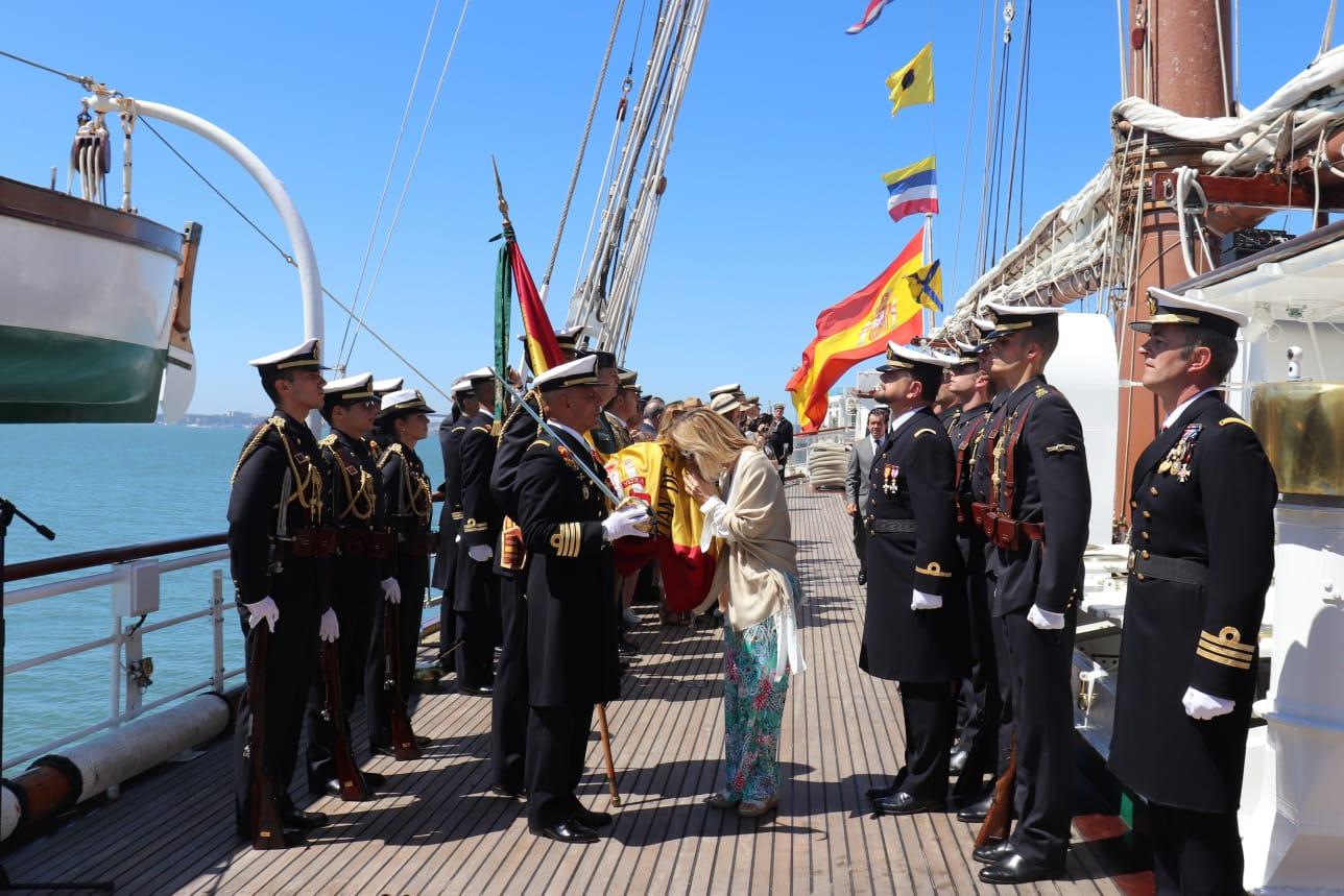 El Elcano vuelve a Europa y hace su primera parada en Lisboa